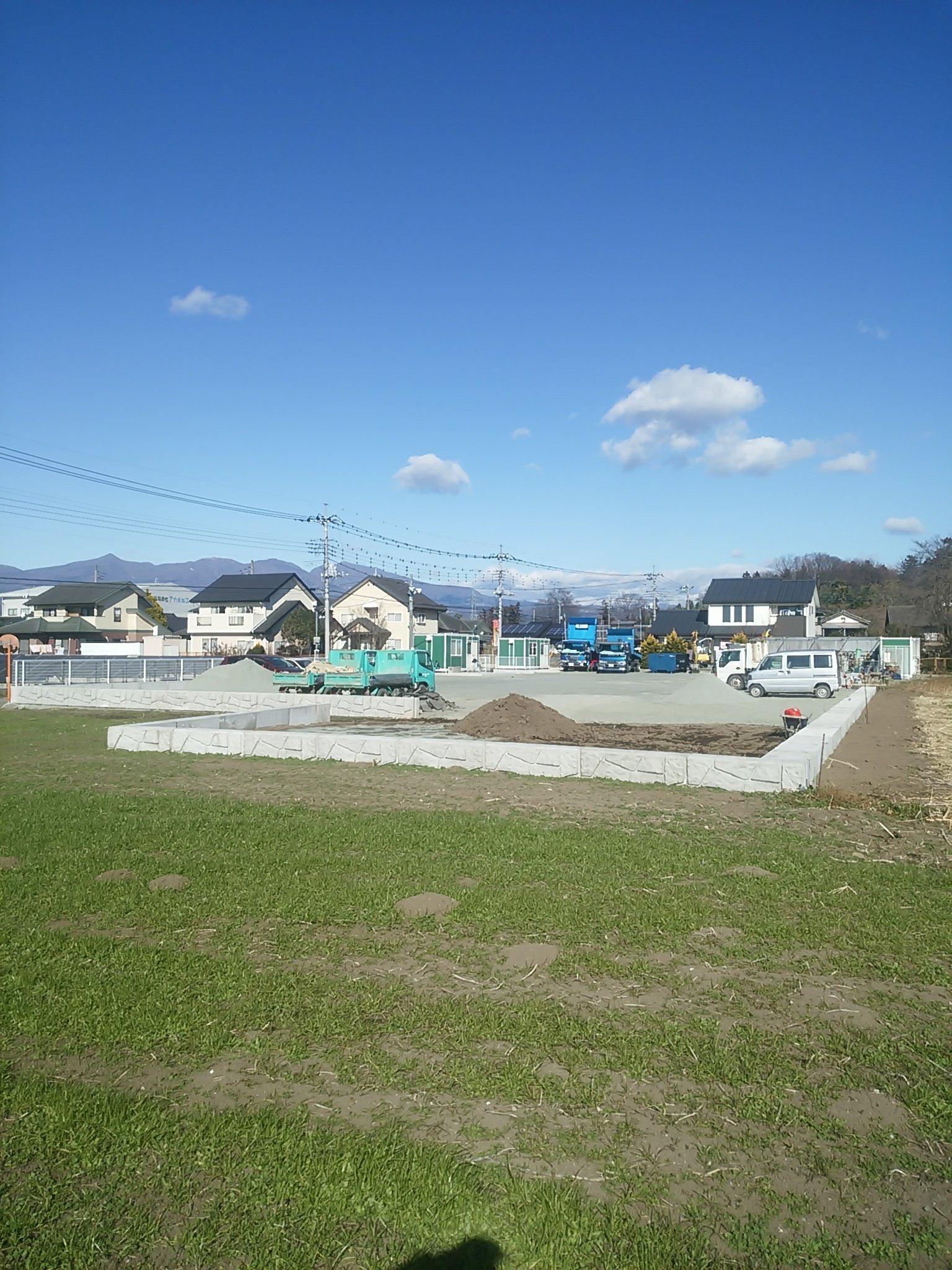 太陽光発電兼倉庫 建設