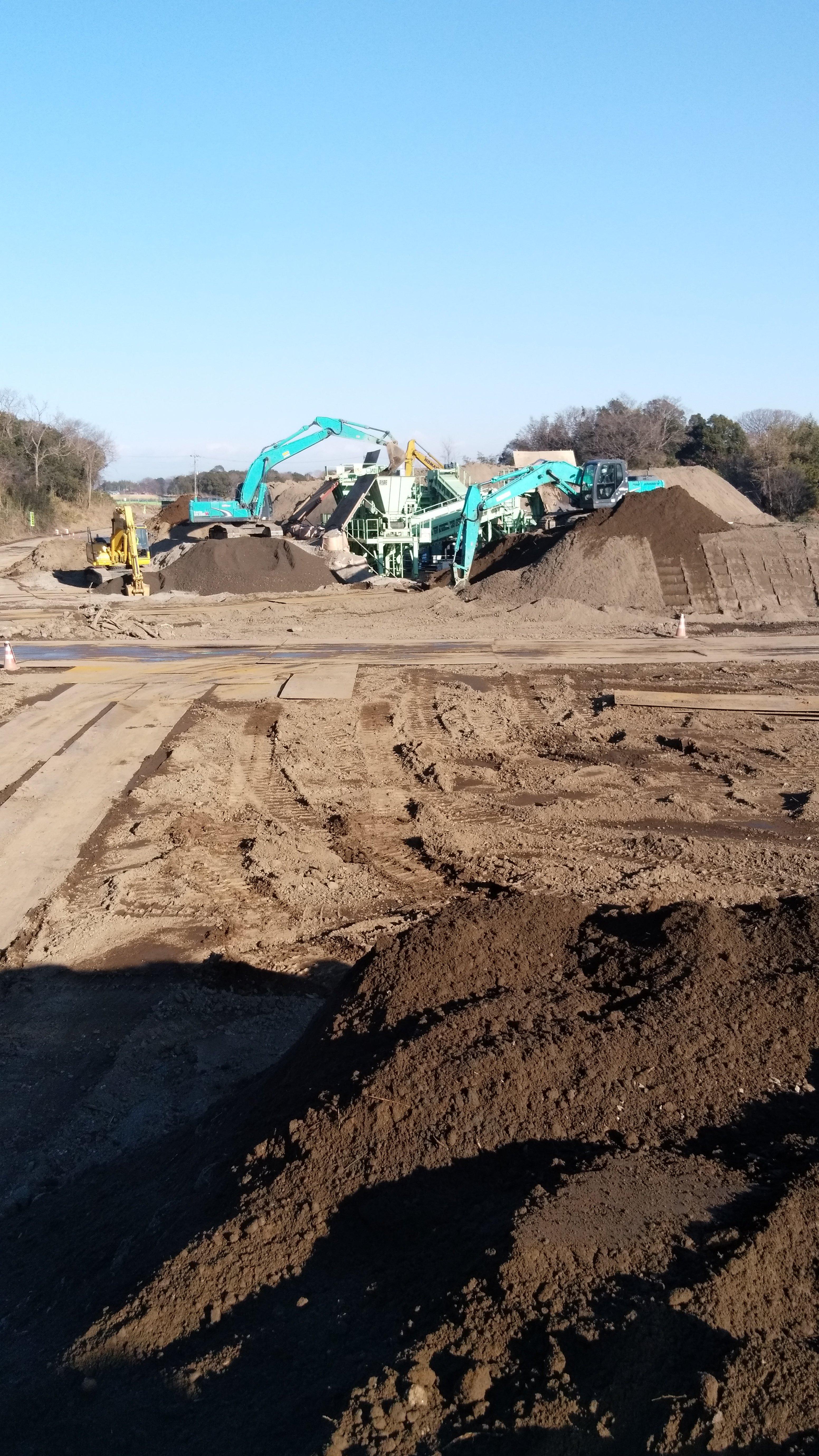 茨城県の河川の土砂改良工事